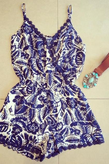 Printed sleeveless jumpsuits